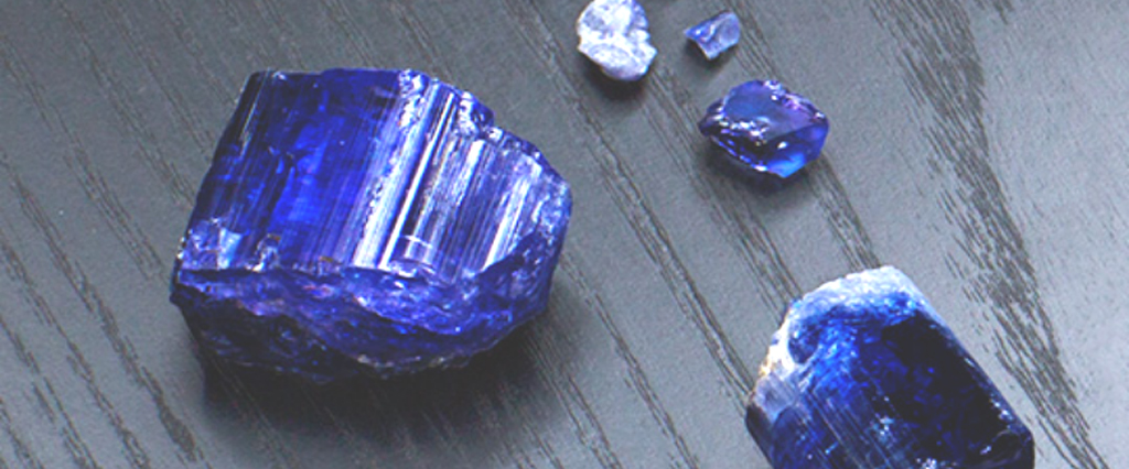 5 Of The Rarest Gemstones On Earth